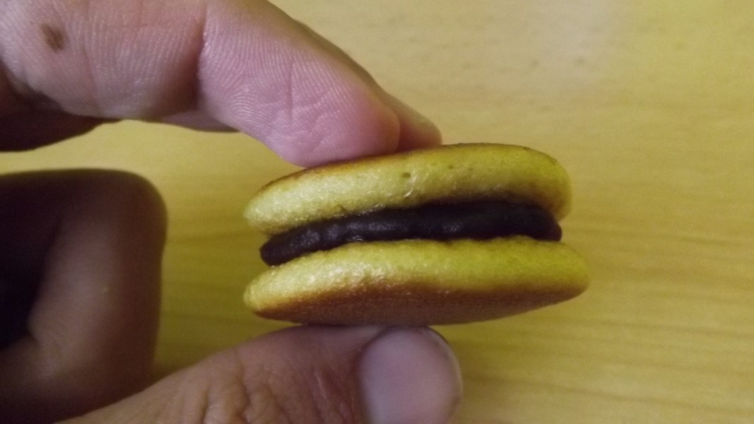 dorayaki japanese red bean pancake.jpg